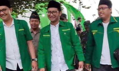 """Saad Muafi """"Gus Magrib"""" tengah Ketua PC GP Ansor Bangil. (ist)"""
