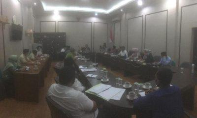 Komisi I DPRD Kab.Pasuruan saat menggelar evaluasi bersama instansi terkait dan masyatakat Desa Pandean-Rembang.